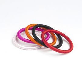 Set de 5 bracelets en fil de soie - love