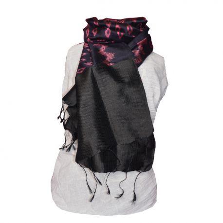 Echarpe ikat en soie noir et rose